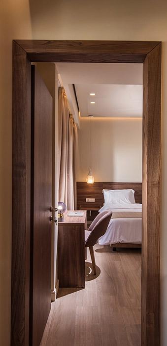 hotels heraklion crete - Metropole Urban Hotel